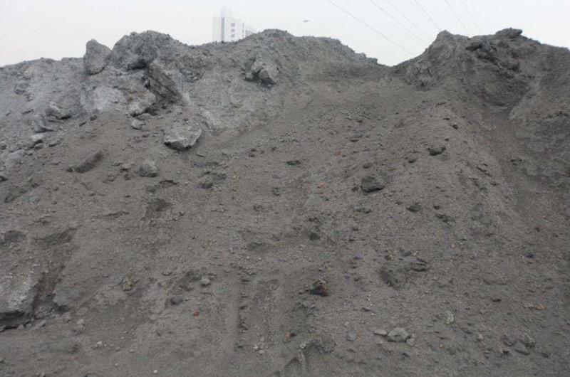 粉煤灰存储量大