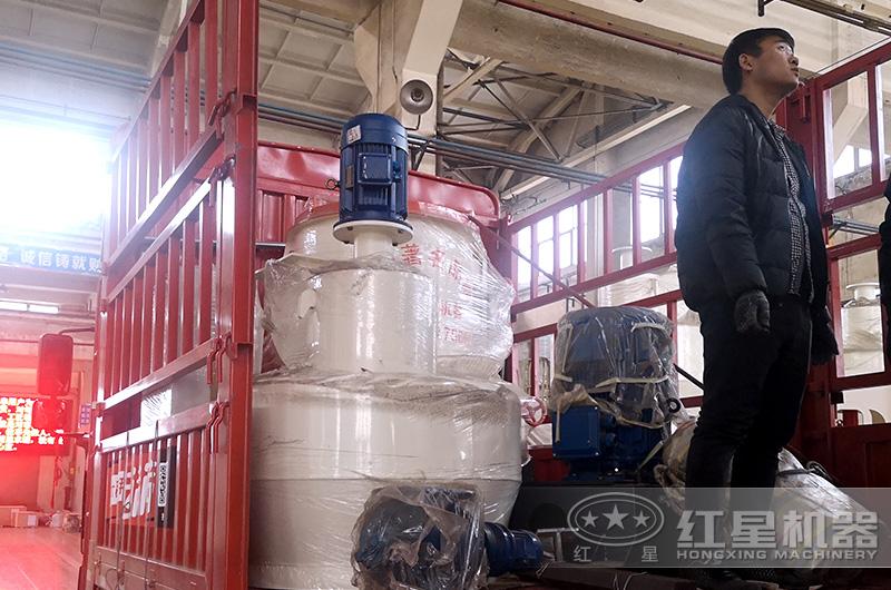 红星机器磨粉设备发货