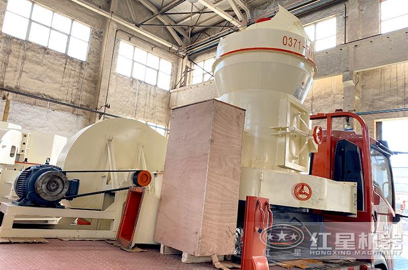 大理石立式磨粉机发货